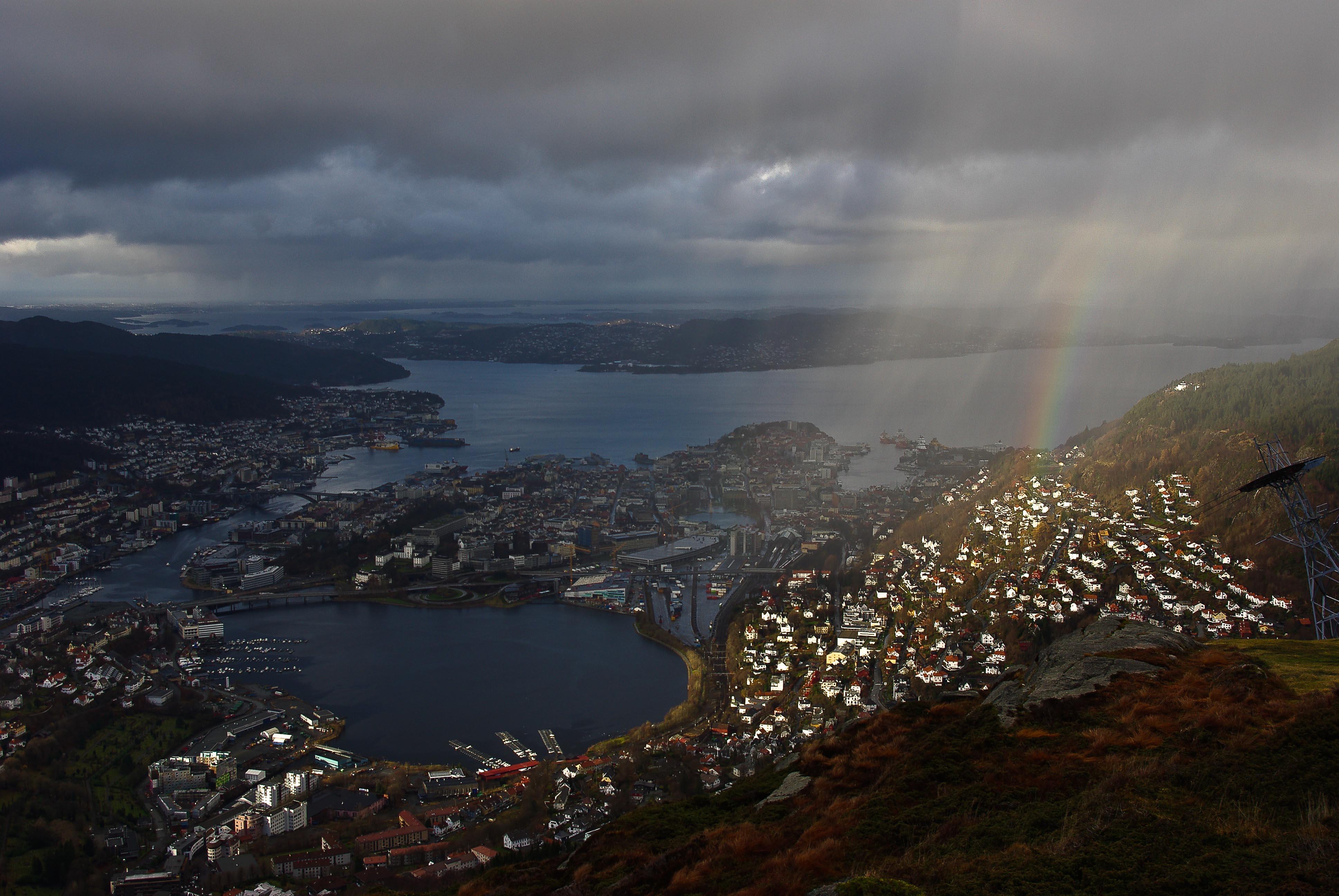 Norské rozmary počasí – během bylo možné zažít vše od slunce přes kroupy až po sníh, autor: Lukáš Marek